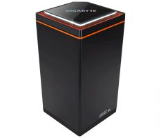Gigabyte GB-BNi7HG6-1060 (rev. 1.0) HM175 BGA 1440 2.8GHz i7-7700HQ 2.6L sized PC Black